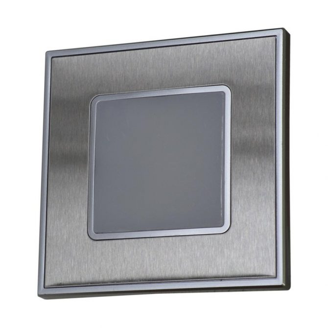 STEP LIGHT 48303